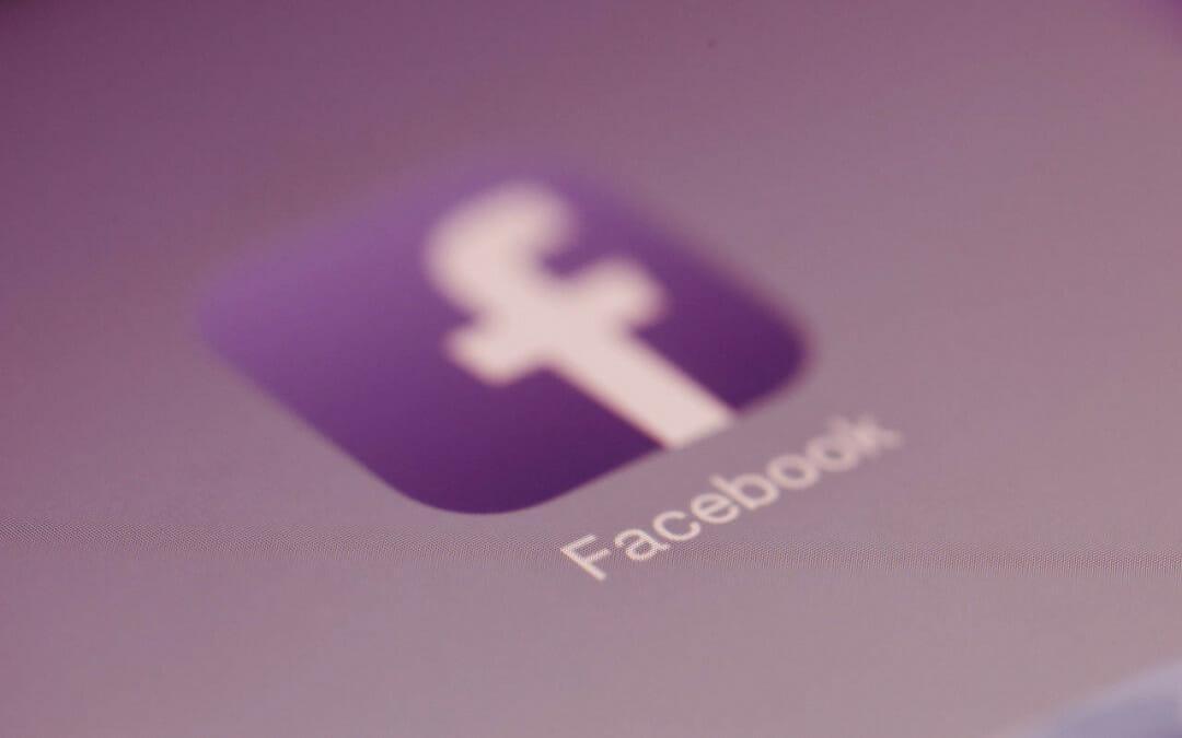 Como compartilhar uma postagem da fanpage no seu perfil pelo app mobile