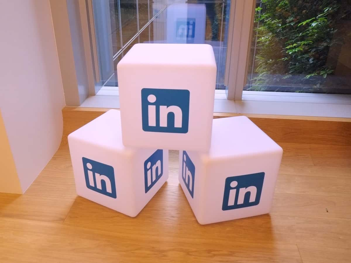 hashtags no linkedin AcrediteCo