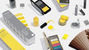 Pantone® Ultimate Gray + Illuminating - Cor do ano de 2021 - AcrediteCo. 03